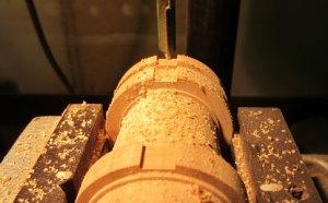 milling the key slot on tenor foot joint on www.sorel-recorders.nl