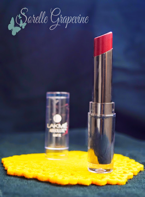 Lakme Absolute Studio Sculpt Lipstick Plum Spell - Review, Swatch and Price