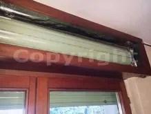 Ci sono diversi tipi di cassonetti per l'alloggiamento dell'avvolgibile, tutti presentano spifferi d'aria e dispersione termica (ad. Isolamento Acustico Cassonetto Tapparella