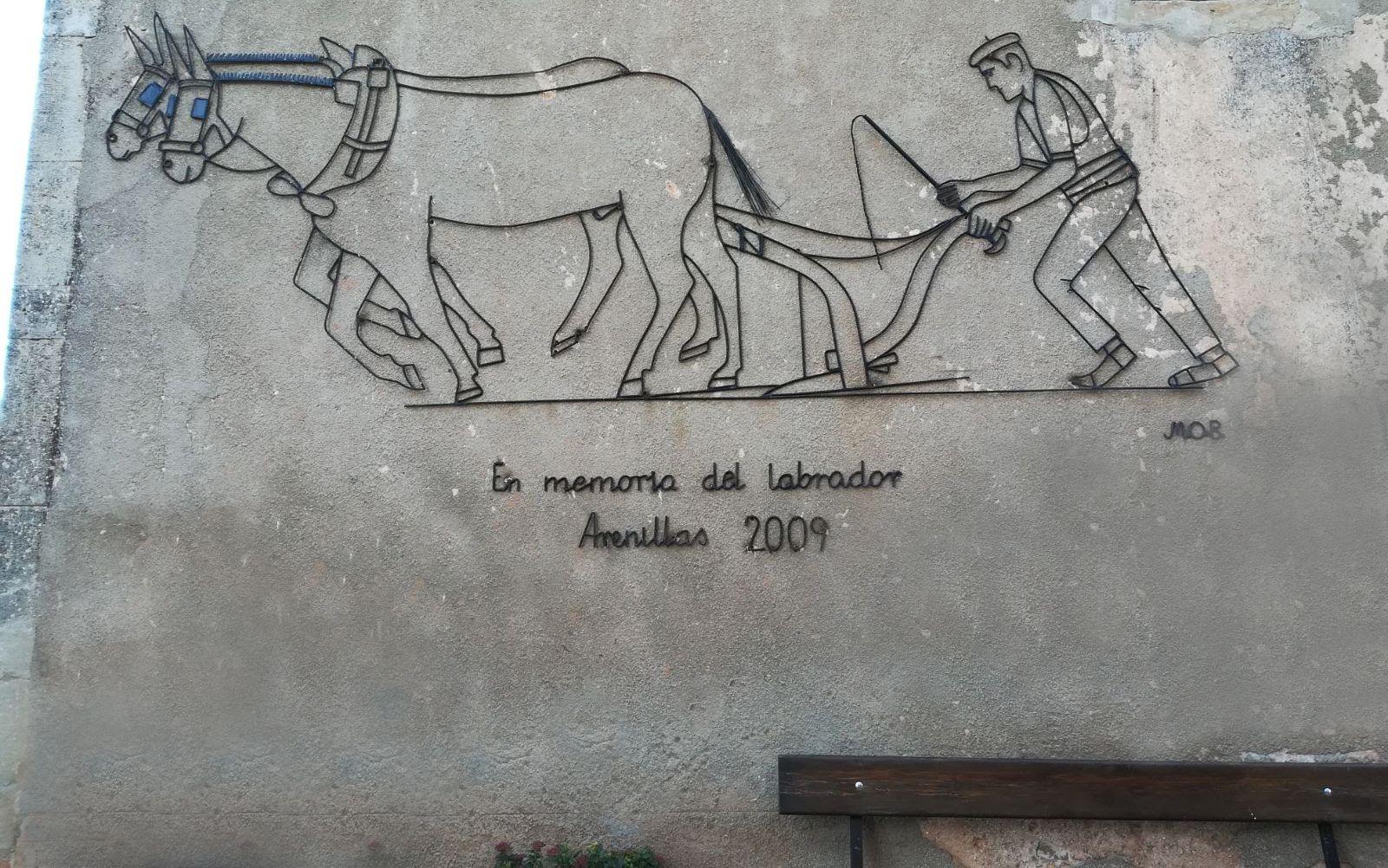 Escultura plana homenaje al labrador de Miguel Ortega Beato 2009
