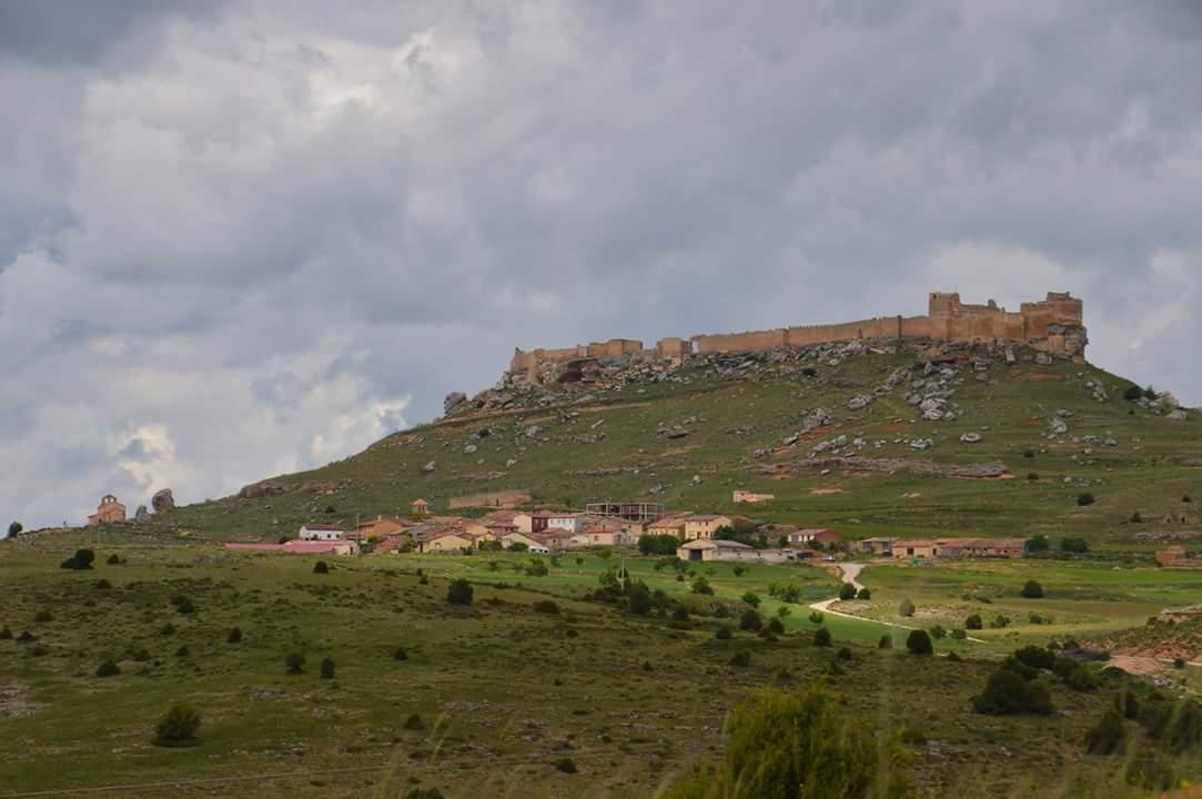 Vistas a Gormaz y su castillo