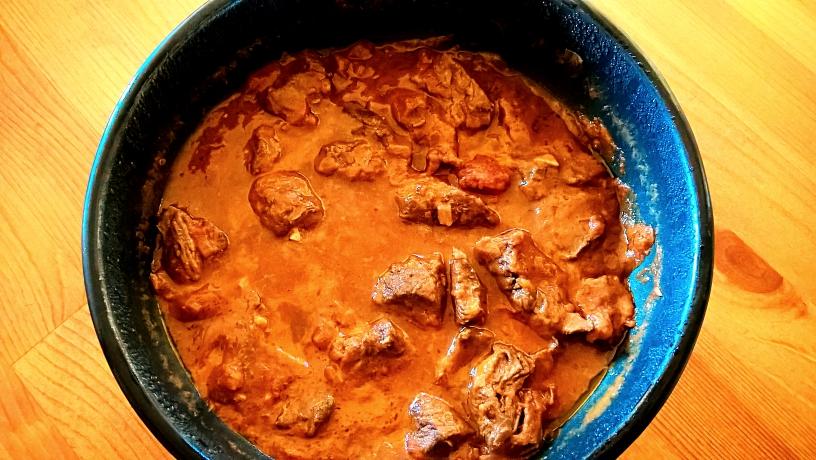 Tocana de strut etiopiana – Ethiopian ostrich stew