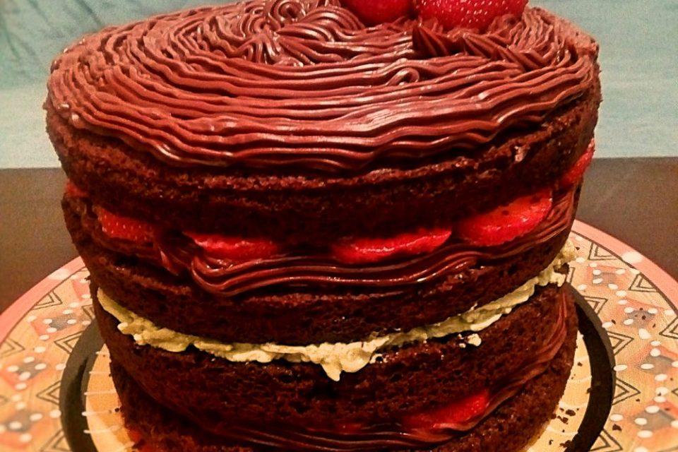 Tort din ciocolata si vin rosu