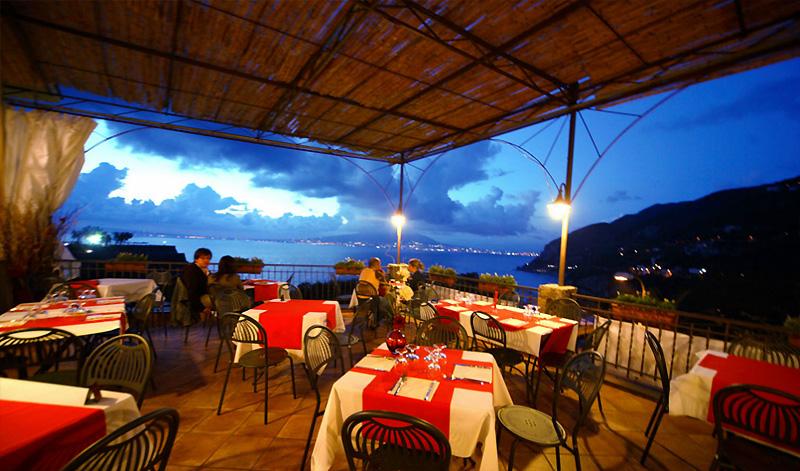 Ristorante Ceras su Sorrento Restaurants