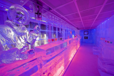 The Kube Hotels ice bar a unique concept in France  Sortirapariscom