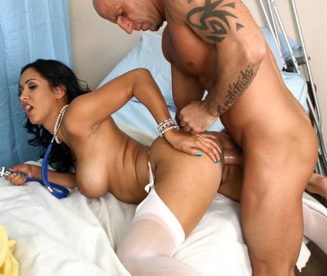Can Doctor Fucks Nude Patient