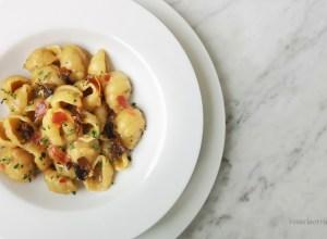 pasta patate porcini e pancetta sbriciolata