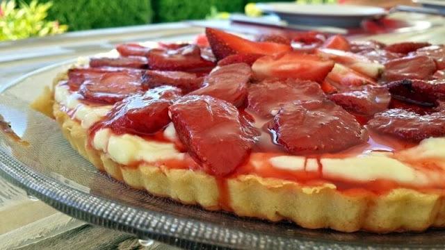 torta de morangos jpg