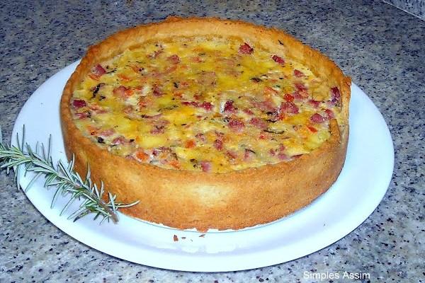 Vale a pena fazer de novo - Torta de queijo, presunto e tomates