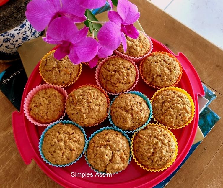 muffins de cenoura, aveia e maçã jpg
