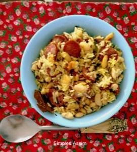 cozido de feijão branco, arroz e linguiça