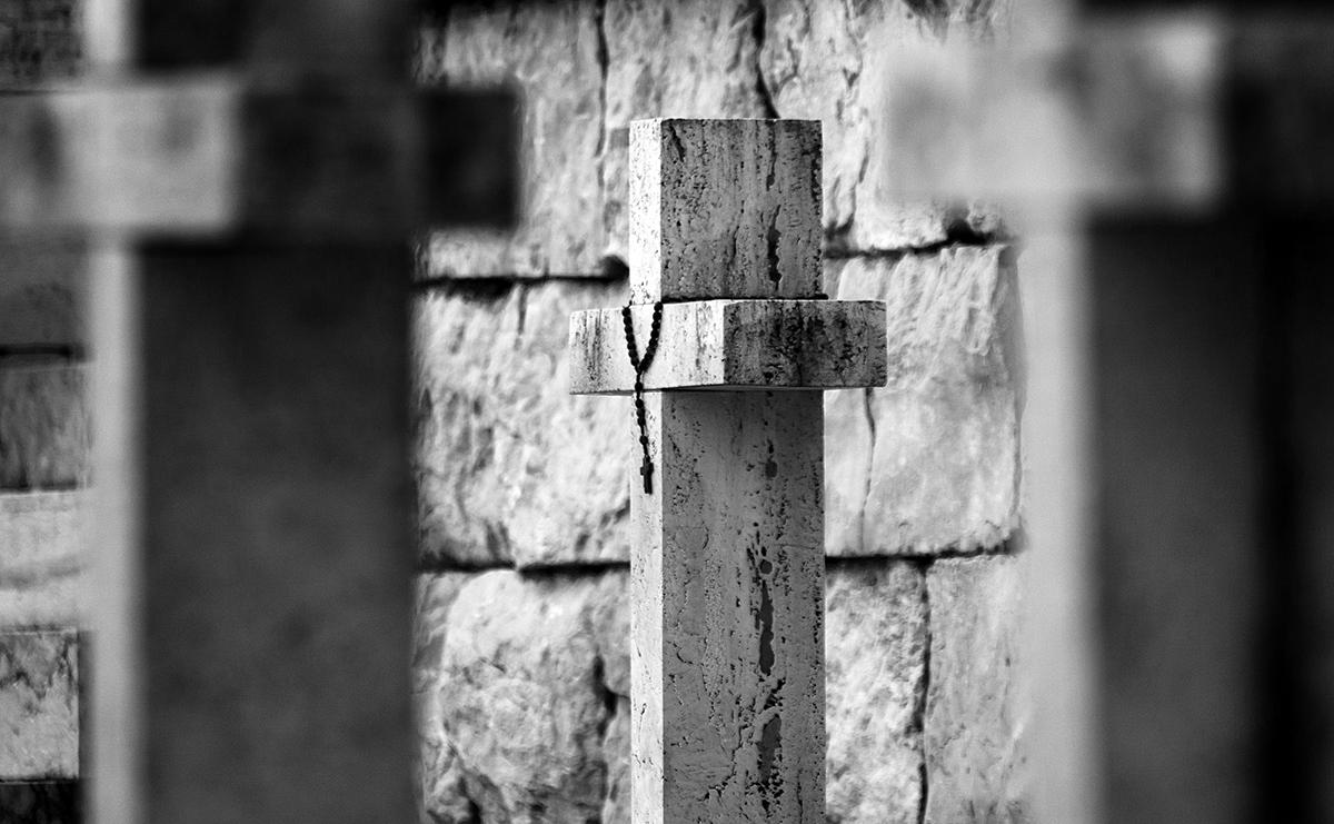 Croce del Cimitero di Montecassino. Foto di Sossio Mormile