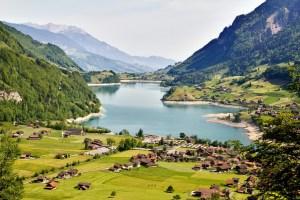 Um dos milhares de lagos suiços