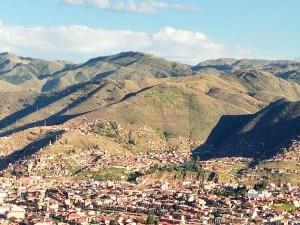 Viva el Peru!, visível de todos os cantos de Cuzco