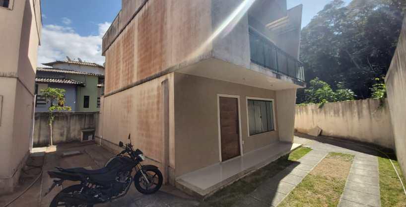 CASA DUPLEX COM 165M² EM RIO DAS OSTRAS 2