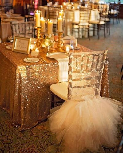 Decorating an Intimate Wedding Space
