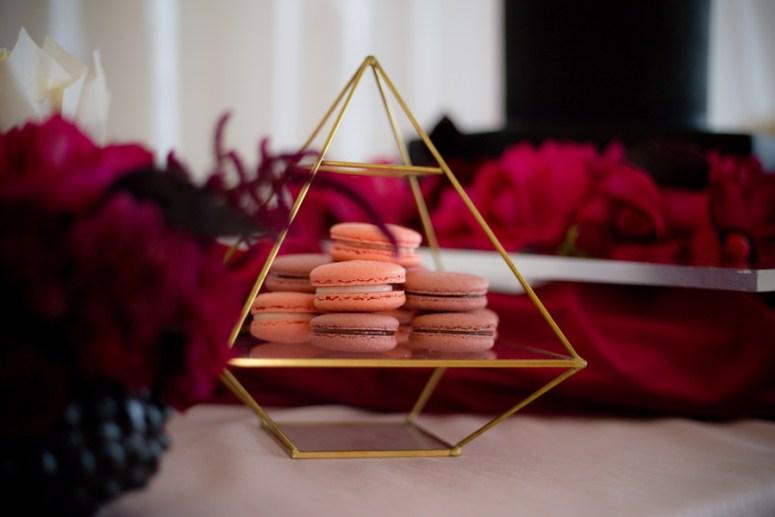 pink macaroons, macaroons at wedding, pink themed dessert station