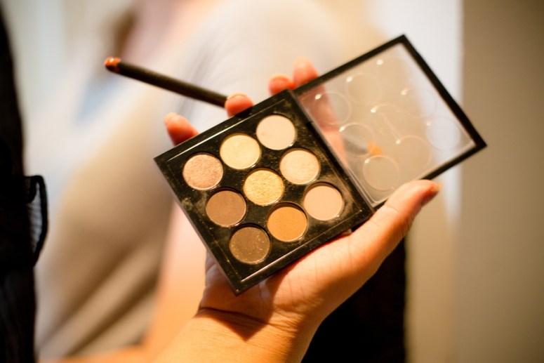 nude wedding makeup, nude eye shadow palette