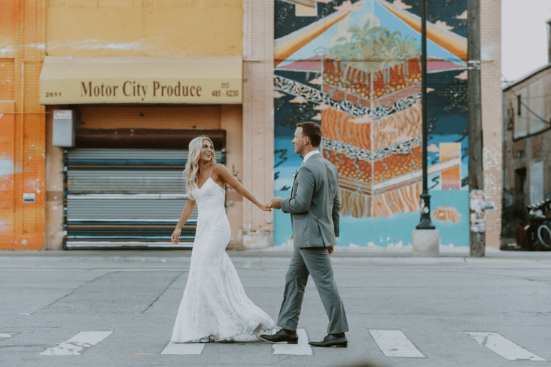 downtown Detroit wedding photos, Detroit wedding photographer, wedding portraits in street