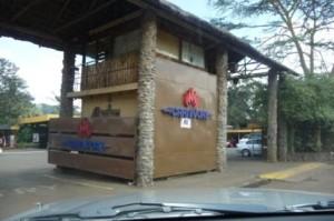 Pos jaga pintu masuk CARNIVORE restaurant