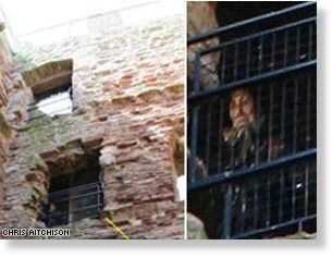 Tajemnicze zdjęcie wykonane przez Chrisa Aitchisona na terenie zamku Tantallon we wschodniej Szkocji.
