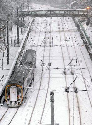 UK rail snow