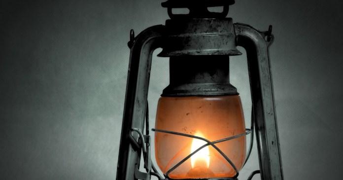 গ্রাম-বাংলার ঐতিহ্য 'হারিকেন' এখন অতীত
