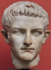 Original-head-of-Caligula