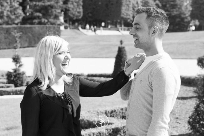 Soul_Bliss_photographie_Séance_Engagement_Parc_de_sceaux_couple_Mariage_Fiançailles_couple_94_jean_blond_yeux_bleus__(11_sur_20)