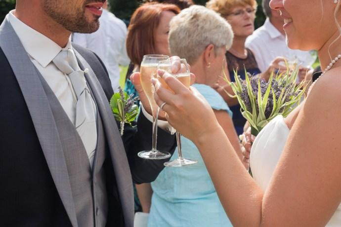 mariage-le-clos-de-mutigny-cocktail-vin-dhonneur-champagne-chaussee-sur-marne-reims-51-champagne-photographe-soulbliss