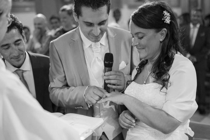 mariage-croisiere-peniche-quai-55-paris-eglise-clignancourt-alliances-photographe-soulbliss