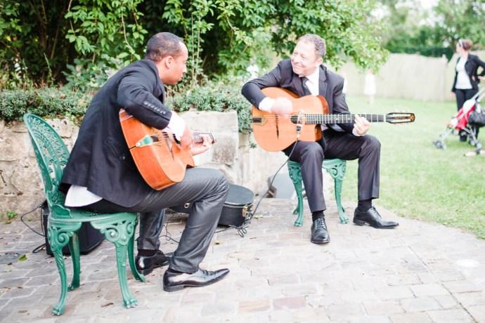 mariage-moulin-de-letang-l-etang-linas-essonne-91-cocktail-vin-dhonneur-animation-jazz-manouche-photographe-soulbliss