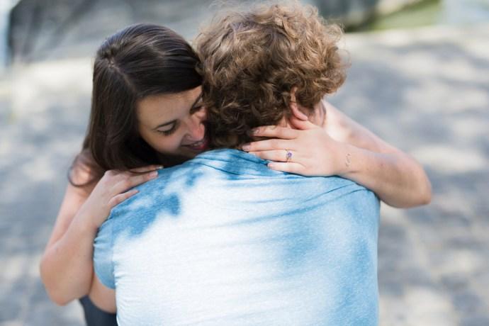 481-seance-engagement-notre-dame-paris-couple-mariage-soul-bliss-seine