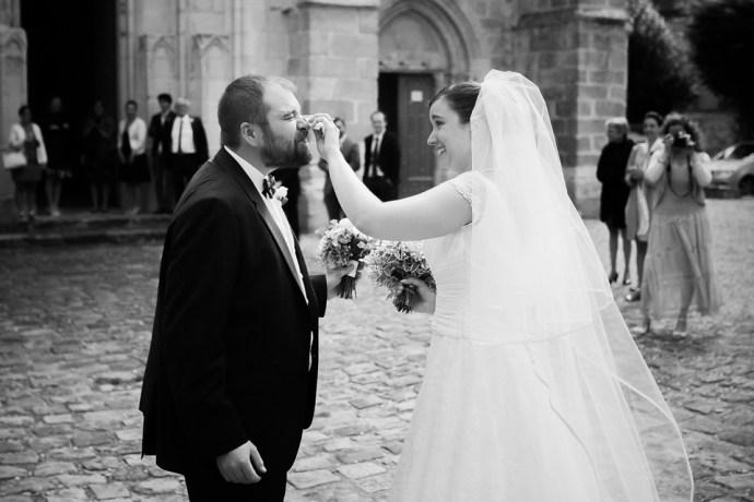 mariage moulin de dampierre saint yon arrivée découverte mariage mariee surprise photographe mariage paris essonne soulbliss