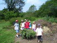 kids_composting