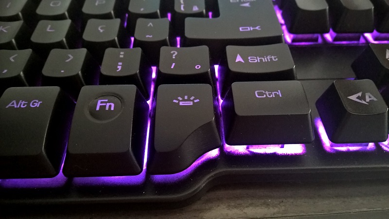 Review Teclado OEX - ForceX Close