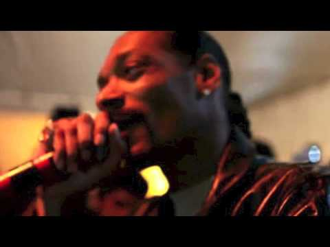 Snoop AKA Snoopzilla + Dam Funk – Faden Away [SINGLE] @SnoopDogg @DaMFunK