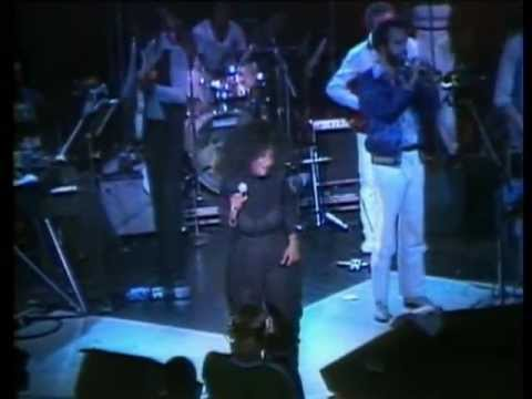 Chaka Khan – Live! Rare Concert from the Start of Her Solo Career [VIDEO] @ChakaKhan