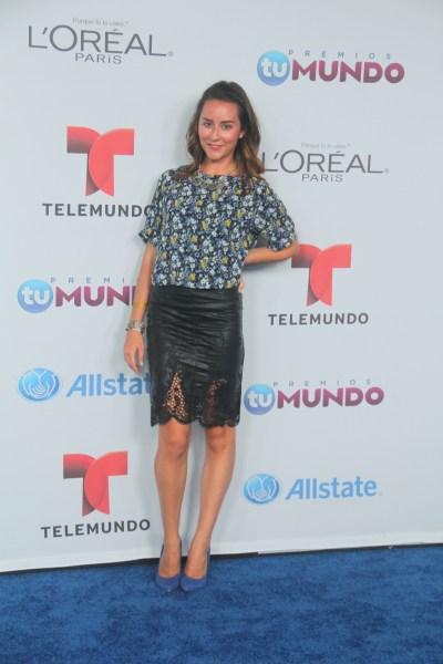 Thank-You-Miami-For-Fashion-Premios-Tu-Mundo-6