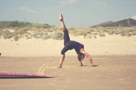 yogion-yoga-and-surf-499x331