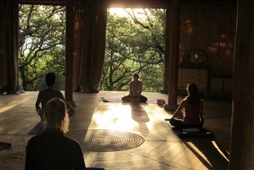 Yoga Alliance 200 hour Vinyasa Yoga Teacher Training with Liz Lindh, Tuscany 9th September  – 1st October