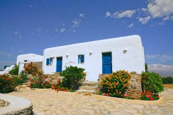 Wellness Travellers Guide to the Greek Islands