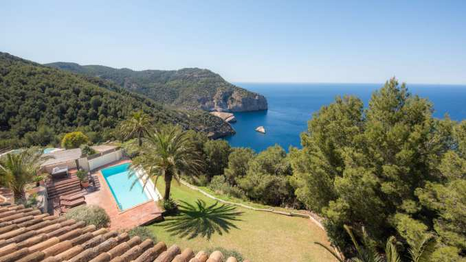 Holistic Wellbeing Retreat in Ibiza
