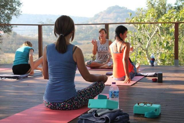 raw food summer yoga retreat