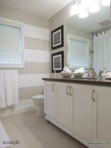 Stripes on wall - Main bath