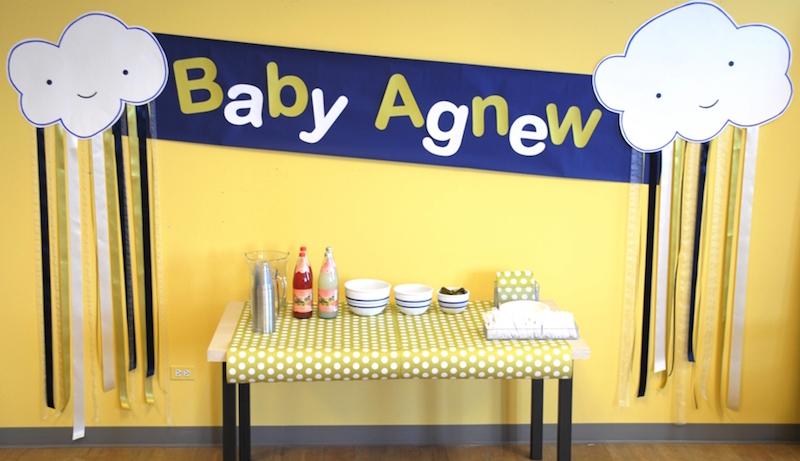 chá-de-bebê-simples-amarelo