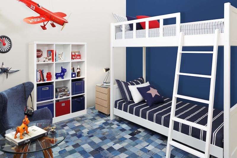 quarto-infantil-aviões-azul