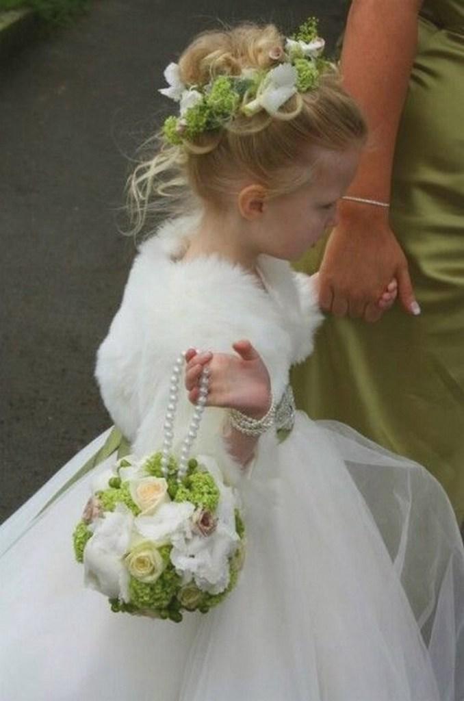 penteados-infantis-coroa-flores