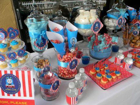 festa infantil thomas e seus amigos mesa de doces