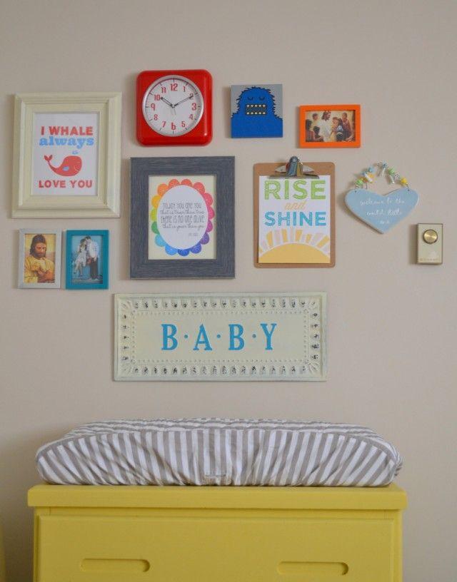 quarto de bebê simples quadros